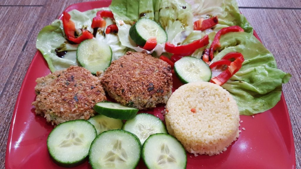 zoldsegfasirt-kuszkusz-salata