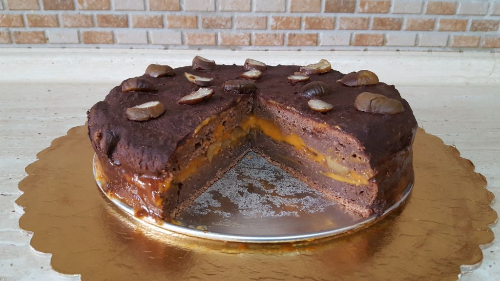 gesztenyes-sargabarackos-torta